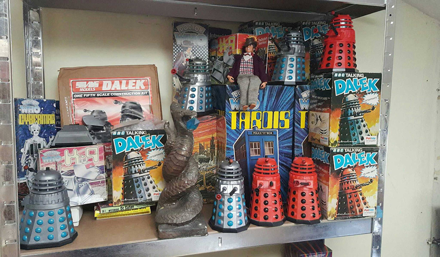 Toys And Treasures : Doctor who online news reviews vintage